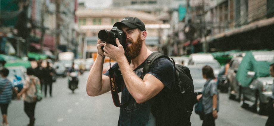 jakob owens DQPP9rVLYGQ unsplash 920x425 - Photographer's Guide To Staying Productive
